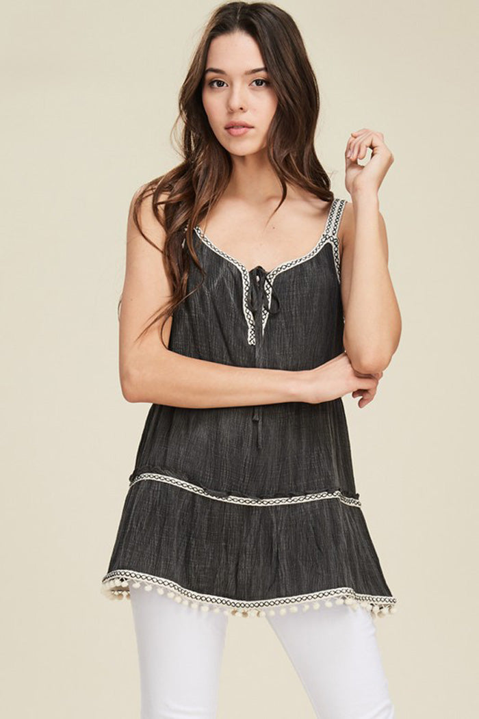 Chelsea Sleeveless Top : Black