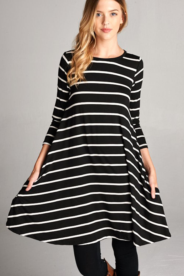 Casual Stripe Dress with Pockets