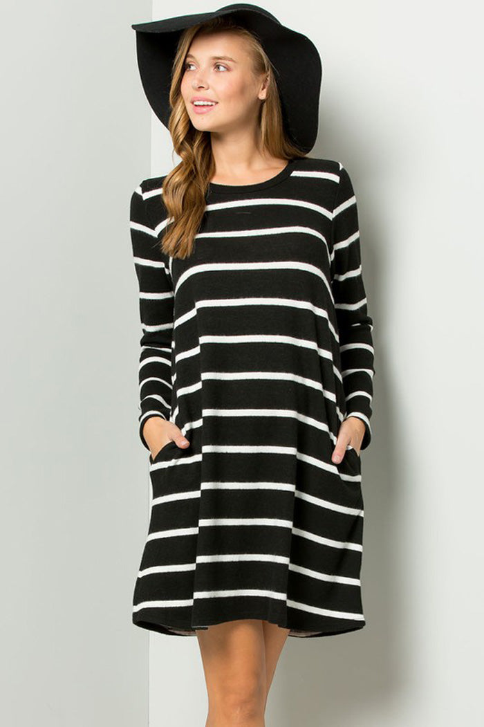 e506ed91f00db Clara Stripe Swing Dress : Black/Ivory – GOZON Boutique