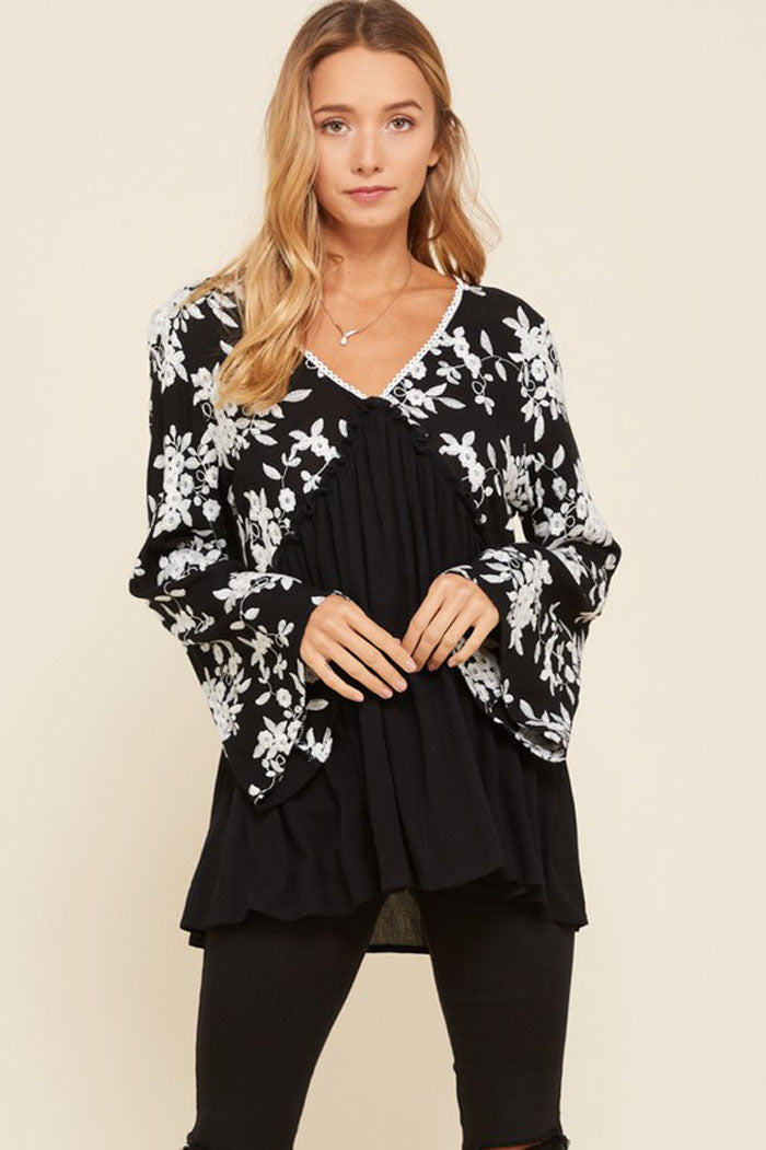 Jennifer Floral Embroidered Tunic Top : Black