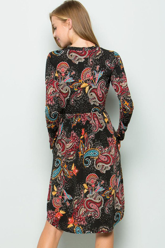 Jessica Paisley Print swing dress : Black
