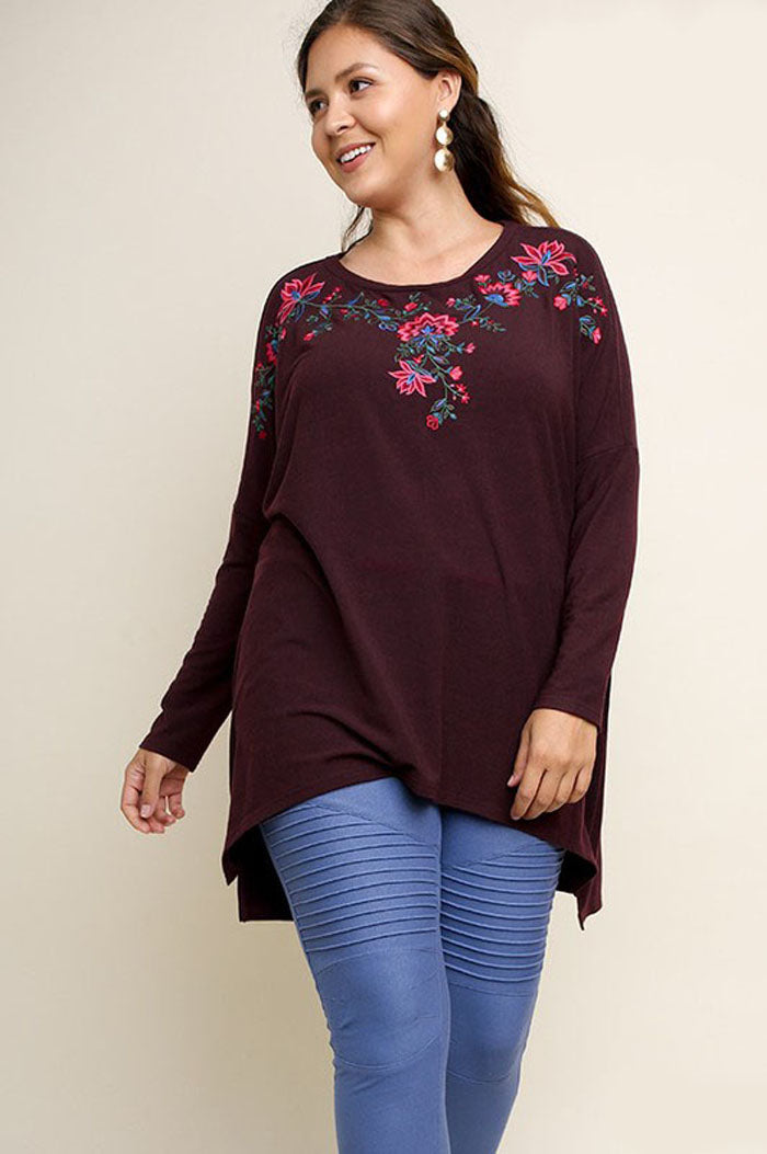 05a501a6baf Stephanie Floral Embroidered Tunic Top Plus : Forest – GOZON Boutique