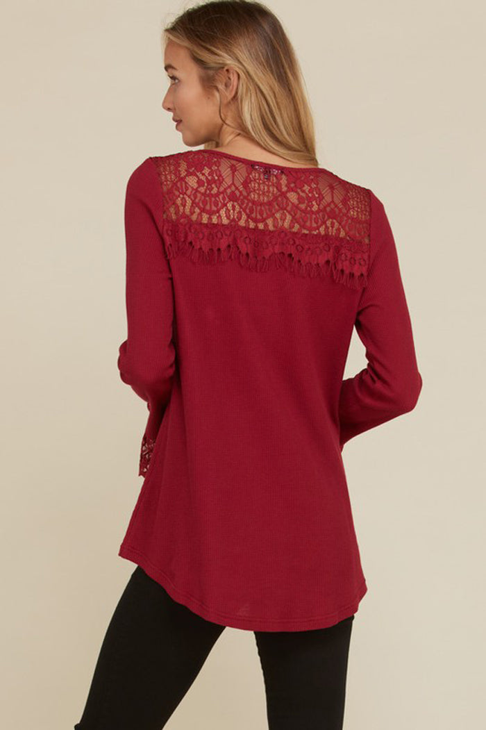 Dori Lace Detail Thermal Top : Burgundy