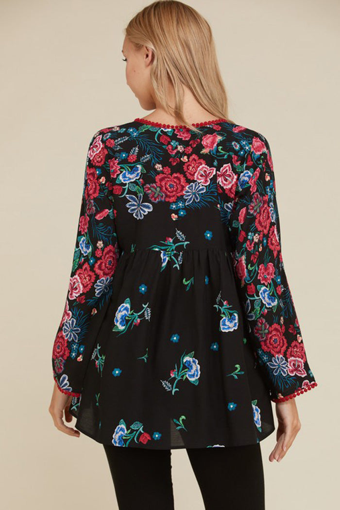 Fiona Floral and Lace Boho Top : Black