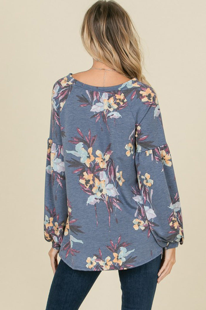 Gabrielle Bubble Sleeve Floral Top : Blue