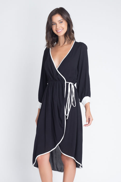 Quinn Crepon Wrap Dress : Black