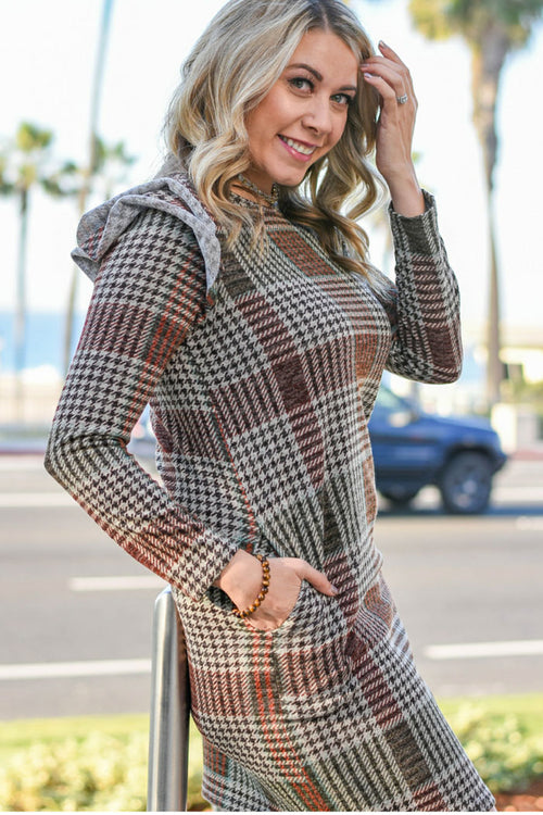 Sabrina Plaid Shift Dress : Brown