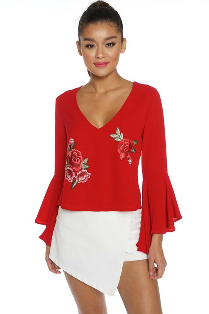 Sleeve Flower Patched Open Back Top