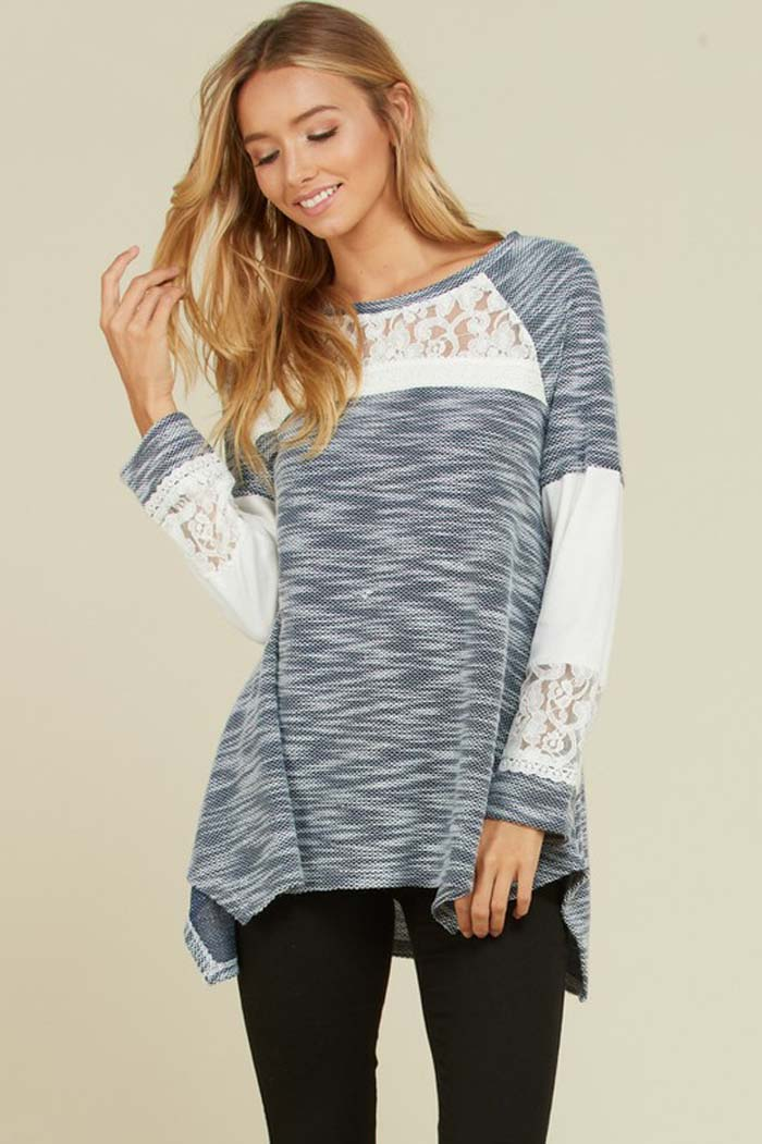 Evelyn Two-Tone Knit Top : Navy