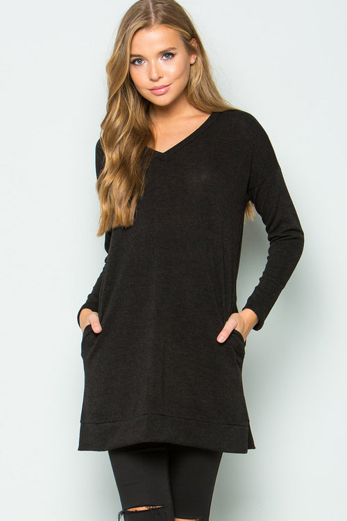 Loose Fit Solid Tunic Top : Black