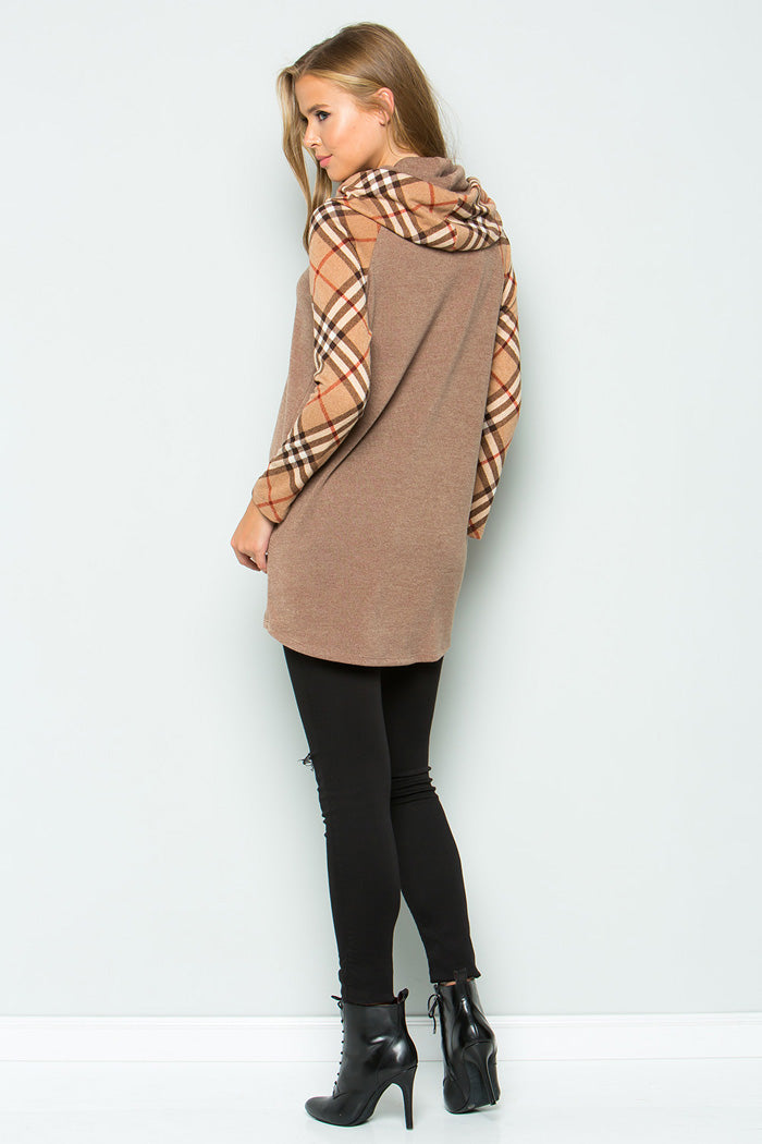 Chloe Turtleneck Tunic Top : Taupe