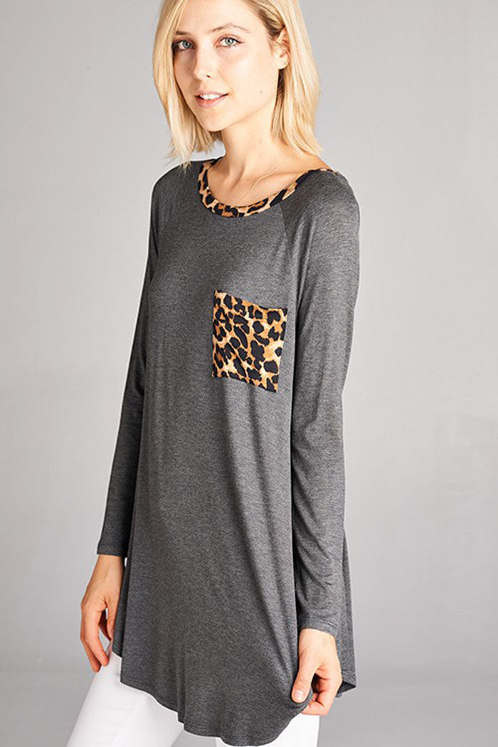 Solid Top with Animal Contrast