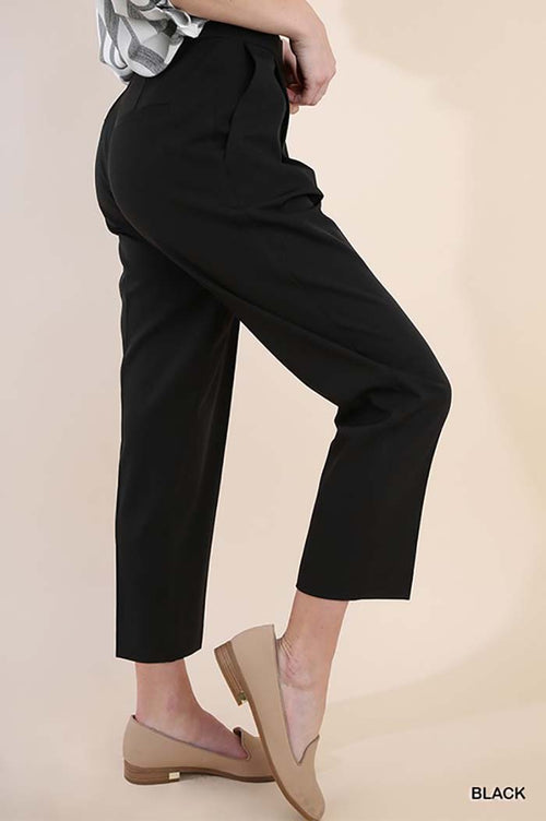 Chloe Cropped Pleated Trousers : Black