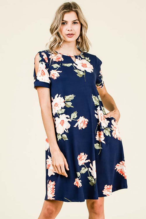 Rylee Floral Short Sleeve Dress : Navy