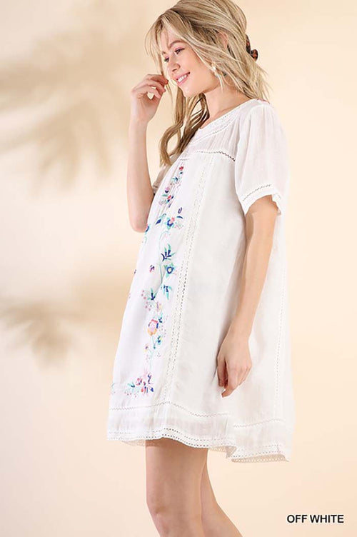 Lindsey Floral Embroidered Dress : Off White