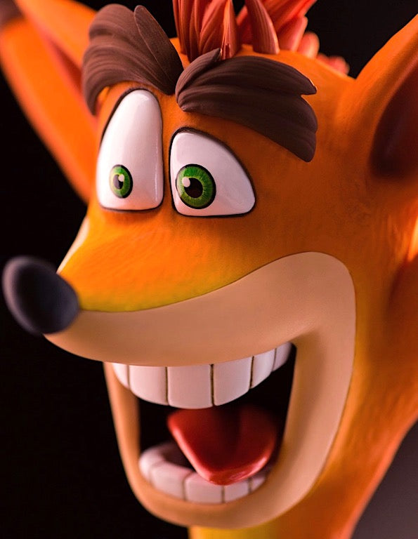 Crash Bandicoot Figurine close up of face