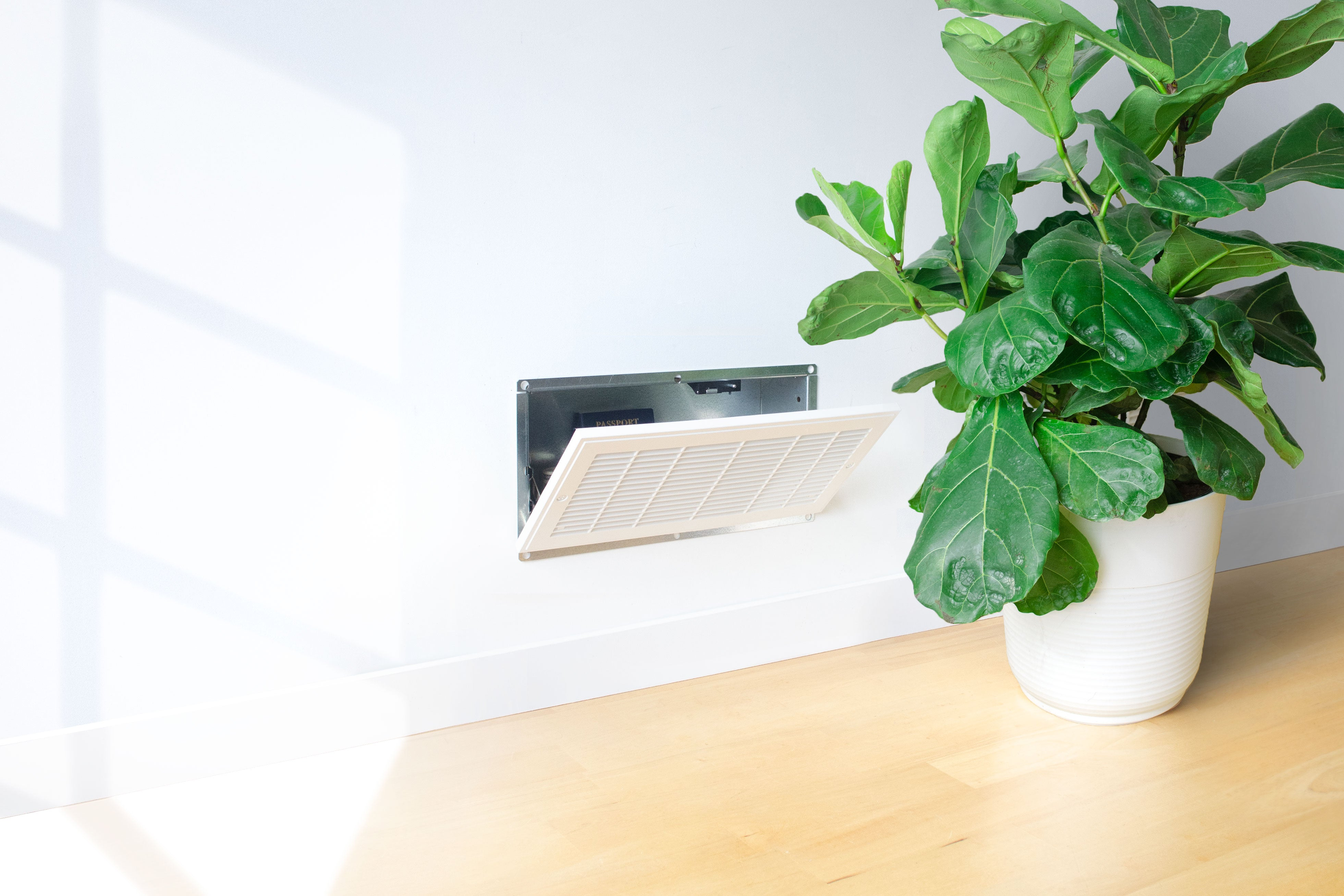 QuickVent | Wall Safe Bluetooth