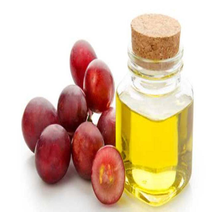 Buy Grapeseed Carrier Oil Online in India - The Art Connect