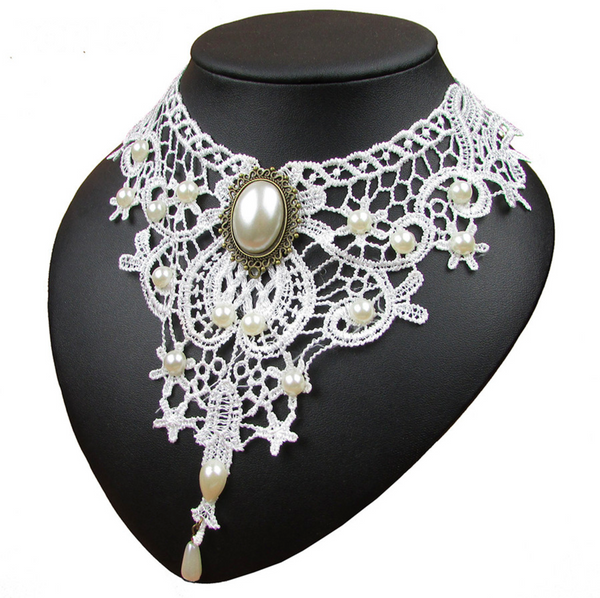 Vintage Black&White Necklace