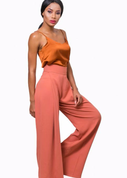 Nuraniya-Pleated trousers