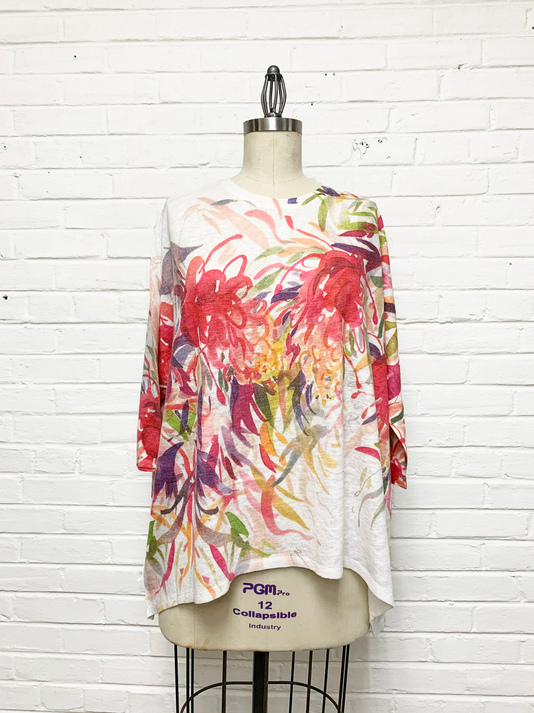 Jeyda Top in Brushwork Bouquet Print