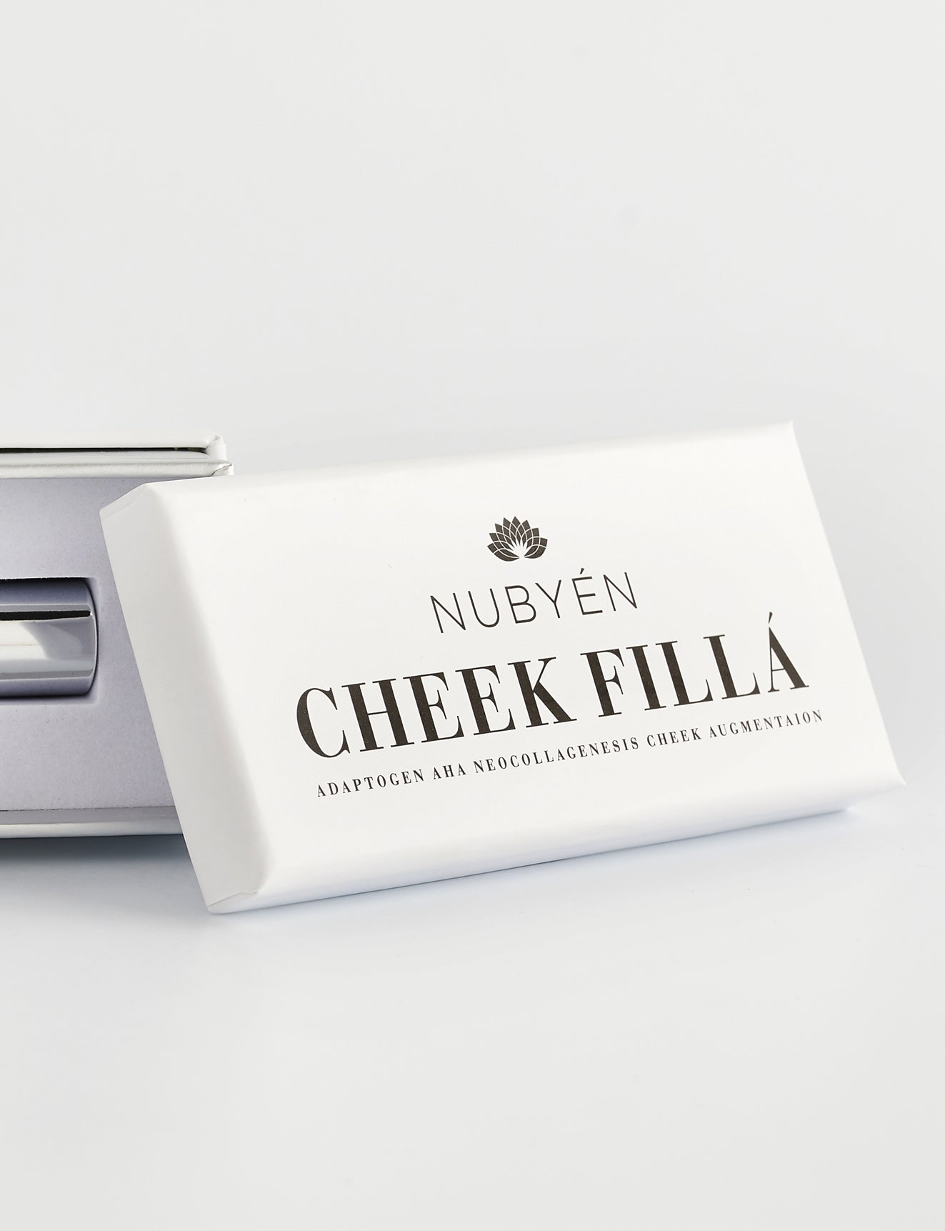 Nubyen cheek filler, hyaluronic acid, collagen, Lip plumping gloss Nubyen Nude, best lip plumper, nubyen cheek filler , cheek filler alternative, nubyen lip plumper, lip plumping gloss, best lip plumper, Nubyen Nude,  fuller lips instantly, collagen hyaluronic acid, best lip plumping lipgloss, best lip plumper, lip filler, full lips, lip injections, plump it, Charlotte tilbury collagen lip plumper, too faced lip injection, dior addict lip maximiser, code lip intense plumper, buxum lip plumper,