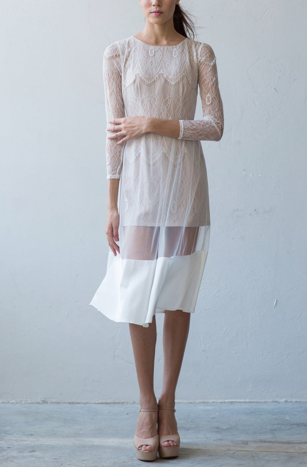 Long sleeve full-lace dress in cream