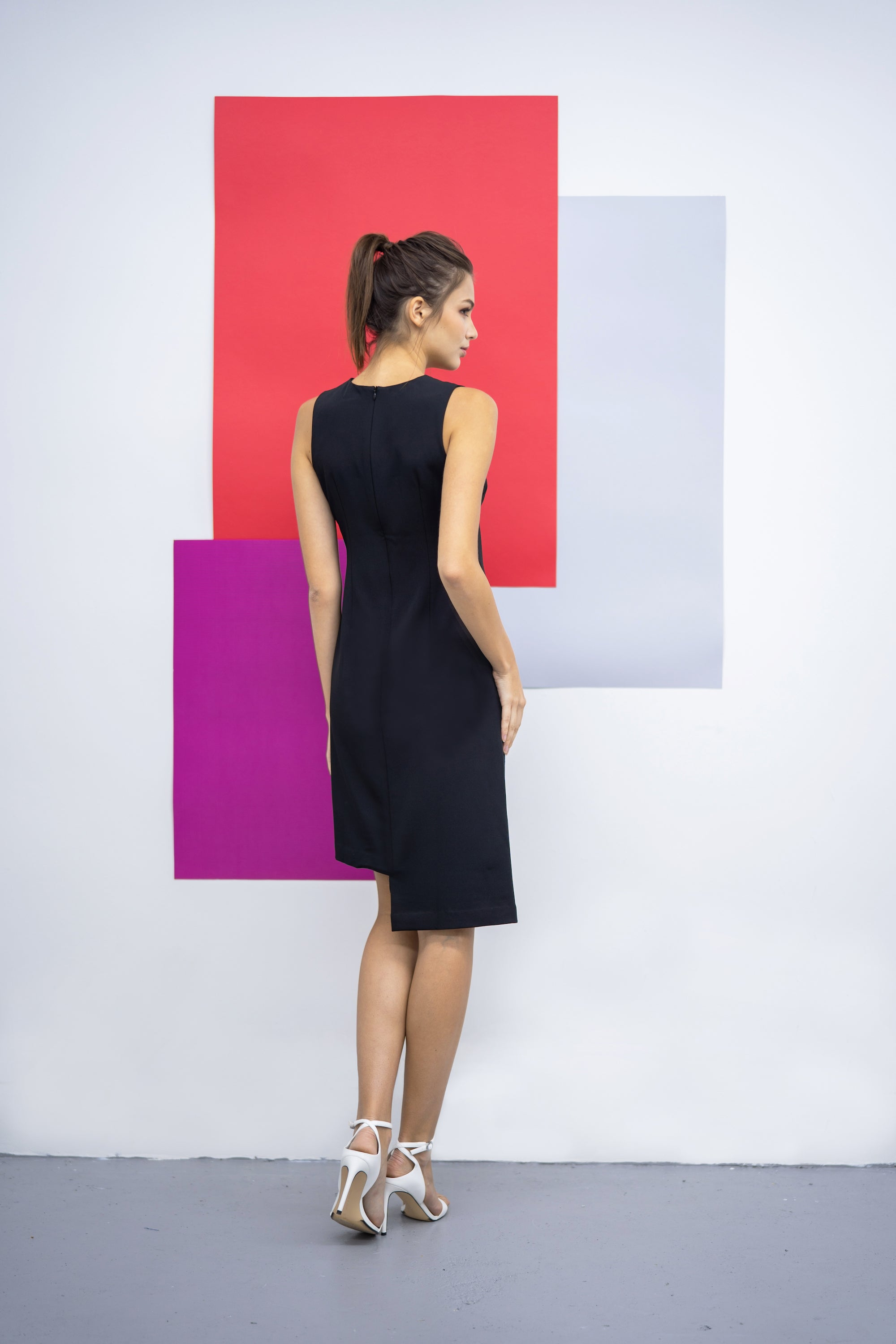 Classic straight cut crepe dress- Black