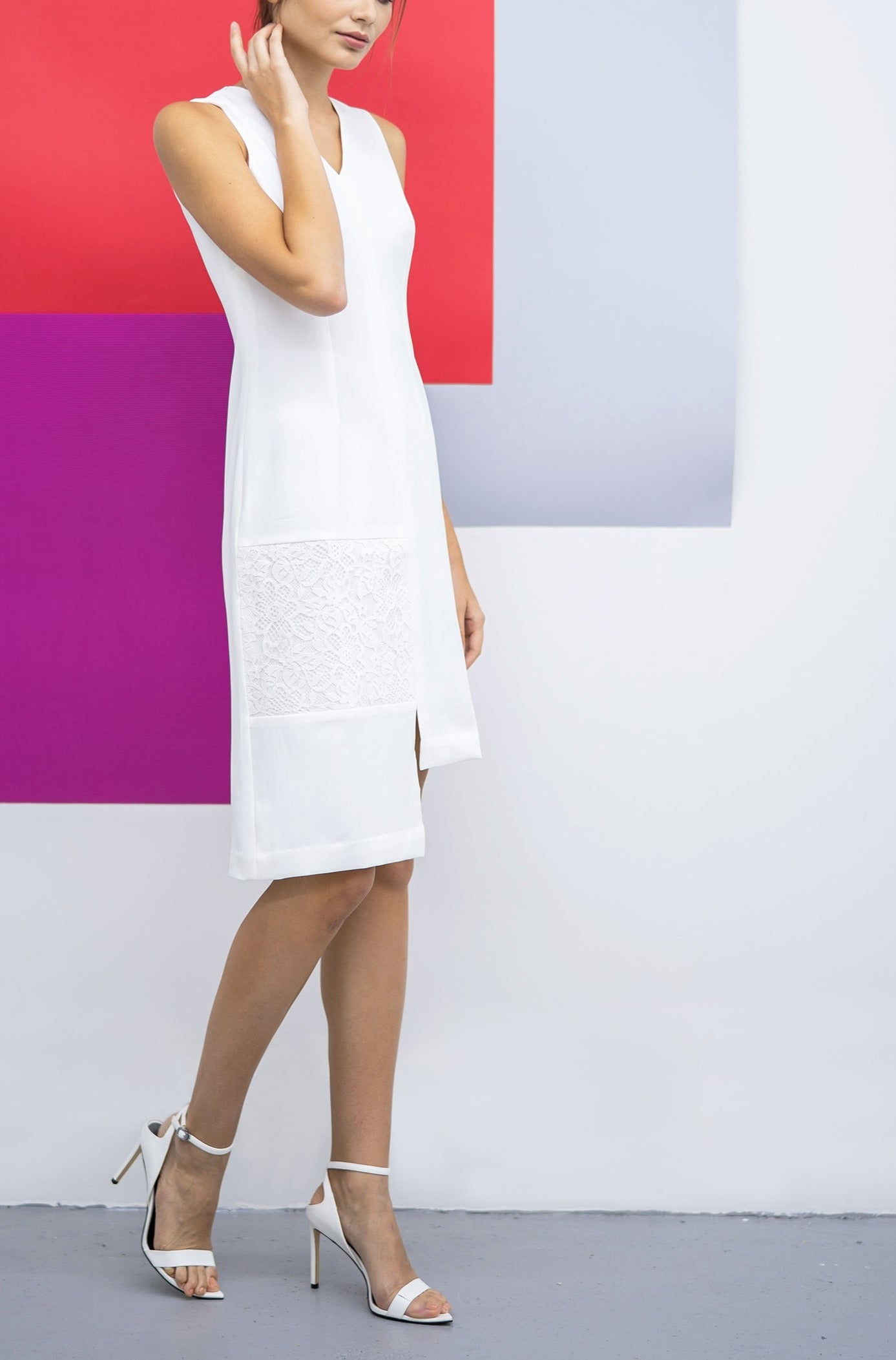 Classic straight cut crepe dress- White