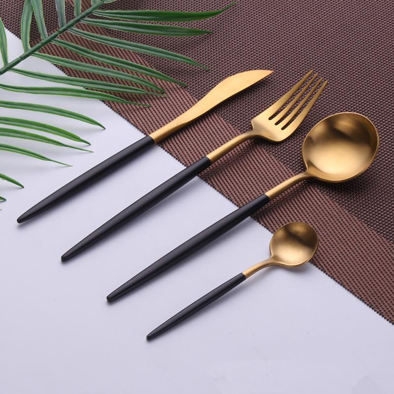 kitchen-dining-brushed-gold-flatware-set-black
