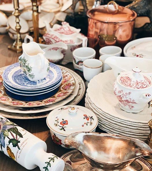 How To Care For Fine Vintage & Antique Tableware China