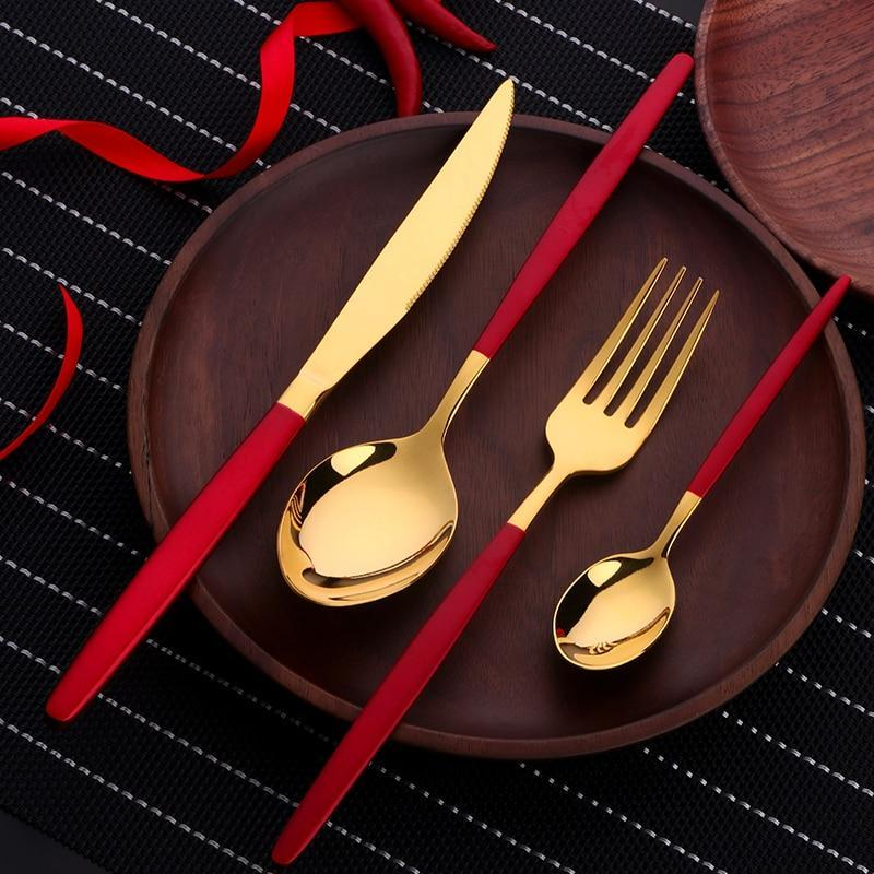 kitchen-dining-serveware-mirror-gold-toned-flatware-red-handles