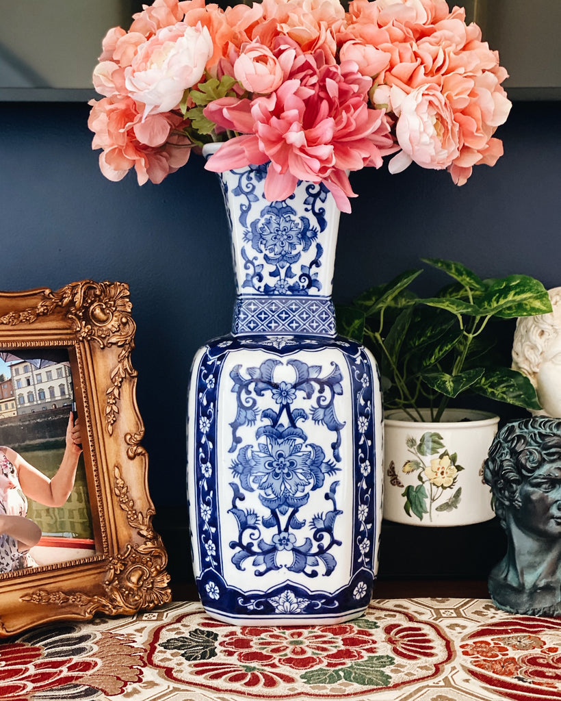 tall-blue-white-chinoiserie-vase