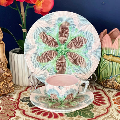 Majolica Seaweed Shell Trio Tea Set