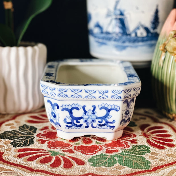 Set of 2 Blue & White Rectangular Chinoiserie Planters