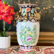 Rose Medallion Chinese Vase With Salamanders and Foo Dogs