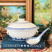 Blue & White Rice Grain Casserole With Lid & Spoon Rest