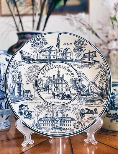 "Williamsburg Virginia Blue & White 10"" Plate"