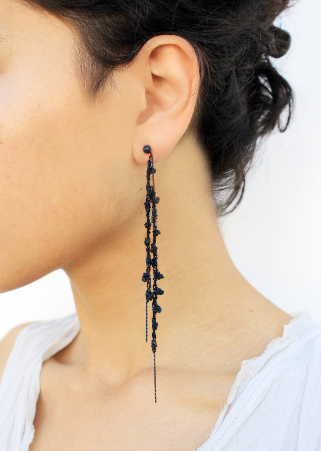 Punt Black Earrings - Long Oxidized Silver Earrings - MERCe