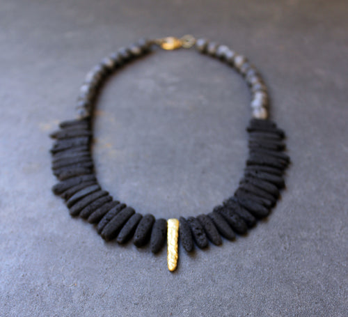 Unno Black Necklace - Black Lava Necklace - MERCe