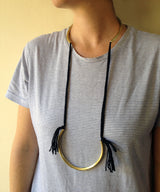 Open Collar Necklace with Fringe Threads - MERCe