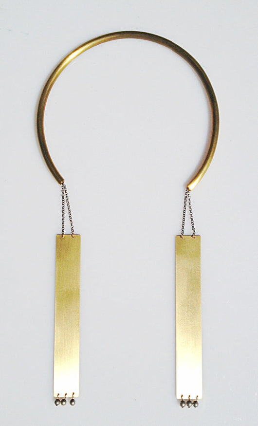 Open Choker Necklace with Dangling Plates - MERCe