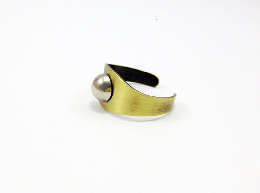 Adjustable Ring with Rounded Stud - MERCe