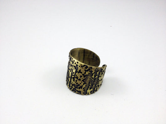 Textured Big Brass Ring - MERCe