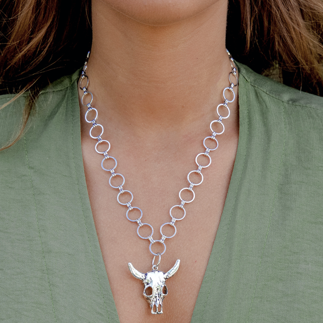 THE BULL HEAD NECKLACE - Royal Birkdale Boutique
