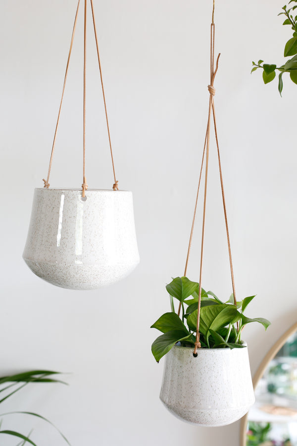 Tularosa Hanging Pot