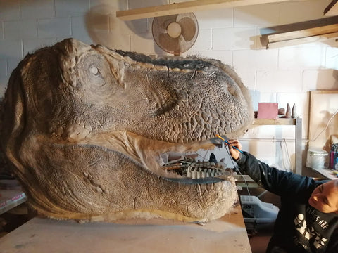 The new face of Tyrannosaurus rex - cast available