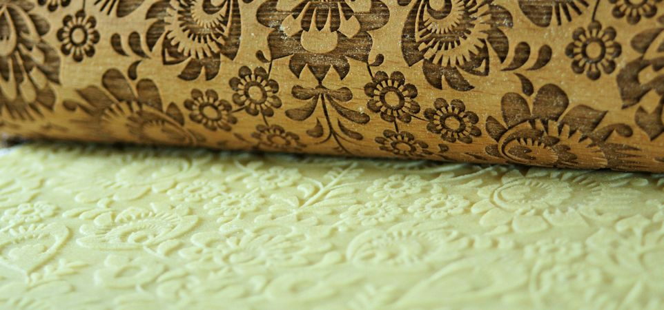 FOLK rolling pin FLOWERS pattern Engraved rolling pin with flowers for embossed cookies, Folk pattern, Folklor rolling pin, Folk laser rolling pin, Folk embossing rolling pin, Woodsgoodshop, Folk floral, Wooden embossing rolling pin with folk flowers, Emo