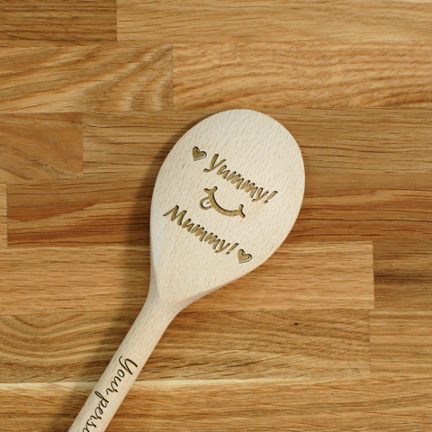 Engraved Personalized wooden SPOON Yummy Mummy!