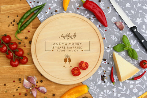 Personalised Engraved Cheese Round Chopping Board for Wedding Anniversary Gift - 5 YEARS MARRIED